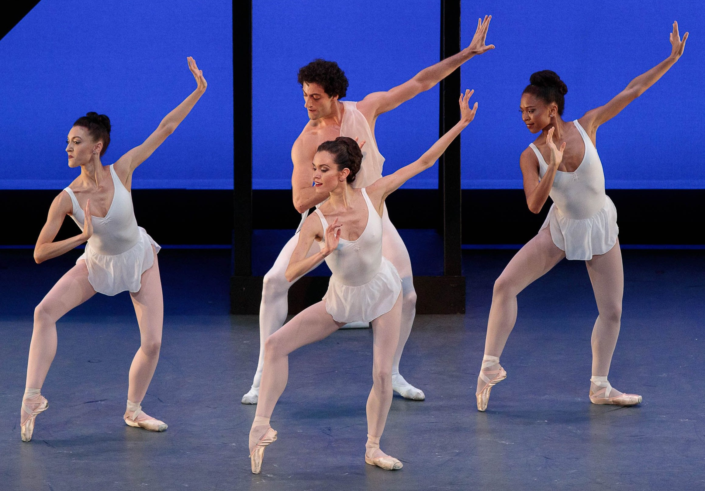 Stage Page Los Angeles Ballet Brings Beautiful Balanchine Ballets To The Broad Stage Culver City News